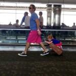 enfant sur valise