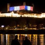 château de Bratislava bleu blanc rouge