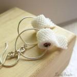 04-collier-de-perles-rouleau-de-pq